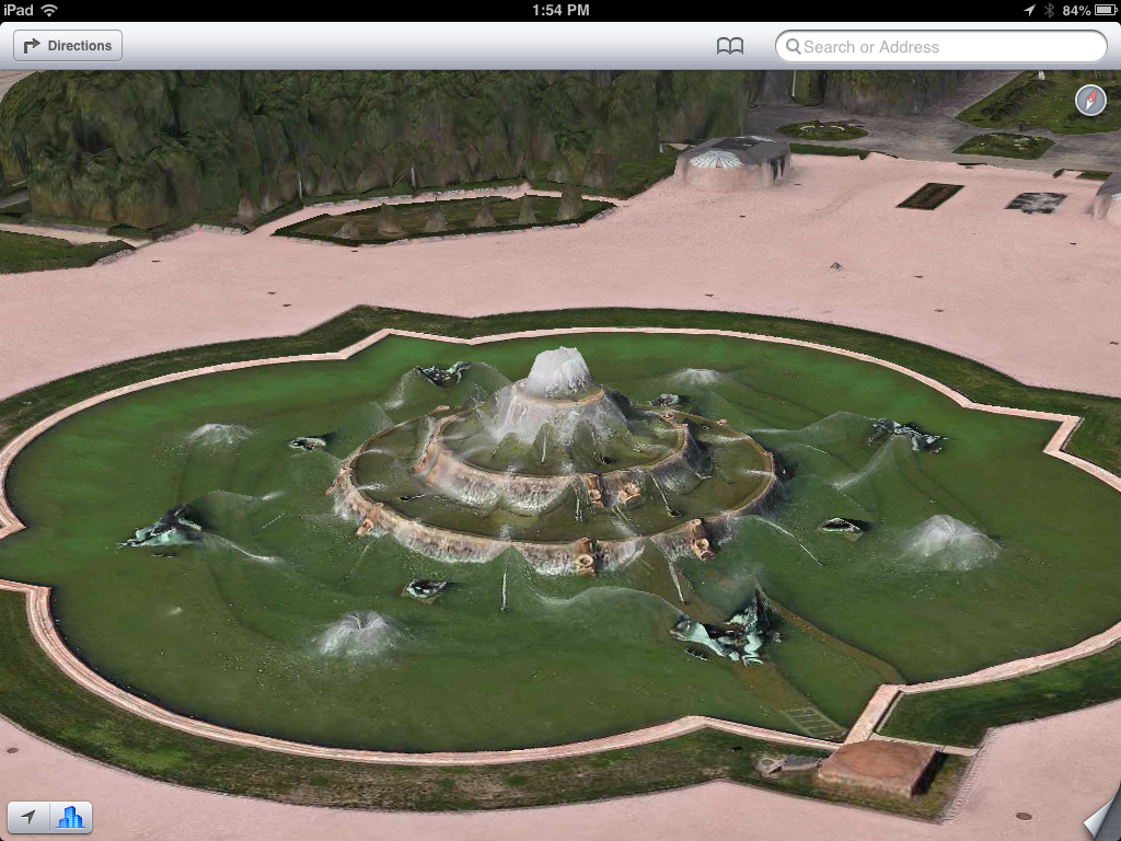 Apple Maps - Buckingham Fountain (via theamazingios6maps tumblr)